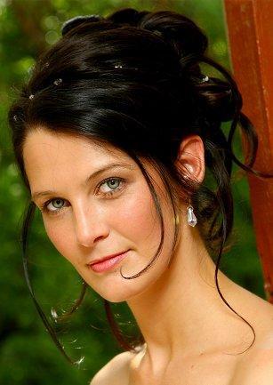 Penteados para Madrinhas de Casamentos   Tendências, Fotos e Modelos