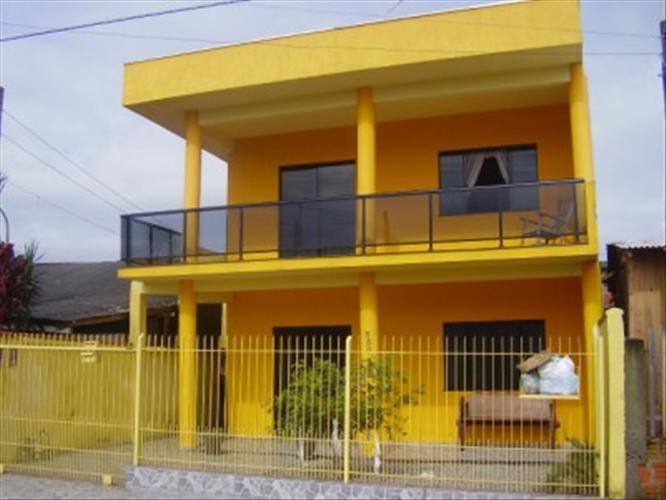 Frentes e fachadas de casas populares fotos e modelos for Casa popular
