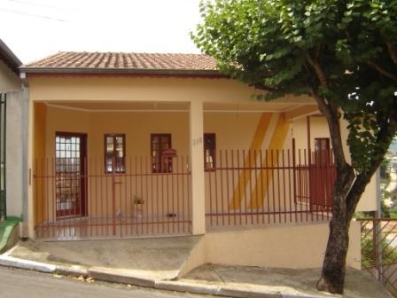 Frentes e fachadas de casas populares fotos e modelos for Ver frentes de casas