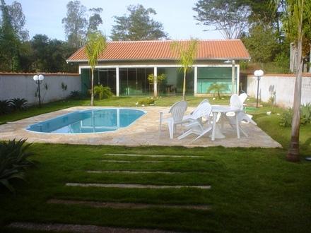 Piscinas pequenas para casas dicas e fotos - Fotos de casas con piscinas pequenas ...