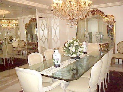 Decora o para sala de jantar dicas e fotos for Comedores con espejos grandes