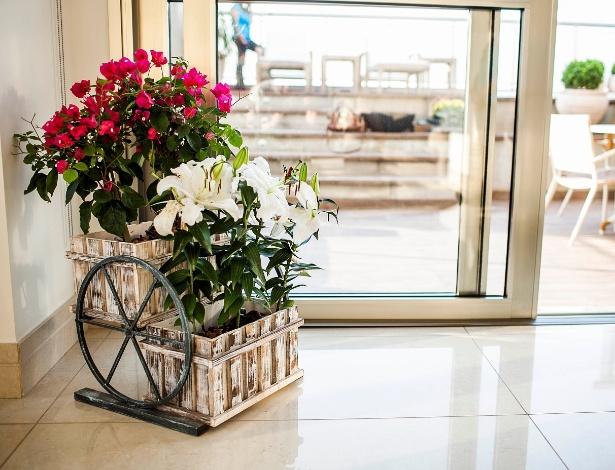 mesa jardim carrefour : mesa jardim carrefour:Arranjos de Flores Criativos: Fotos e Dicas de como Fazer