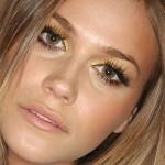 maquiagem-dourada-para-os-olhos