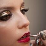 maquiagem-dourada-para-os-olhos-3