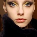 maquiagem-dourada-para-os-olhos-6